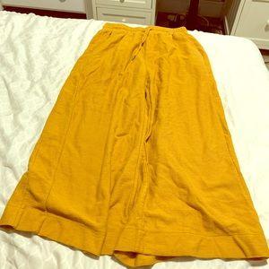Billabong yellow pants